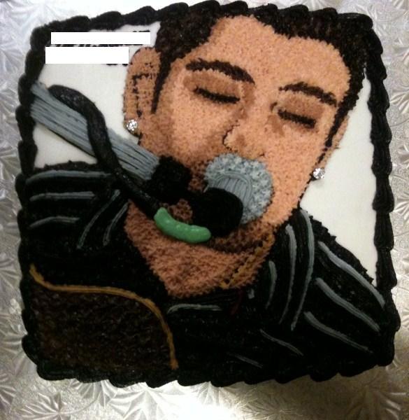 Cory Cruise on a Cake